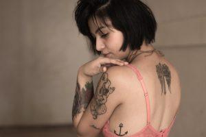 error-alquilar-maquina-borrar-tatuajes